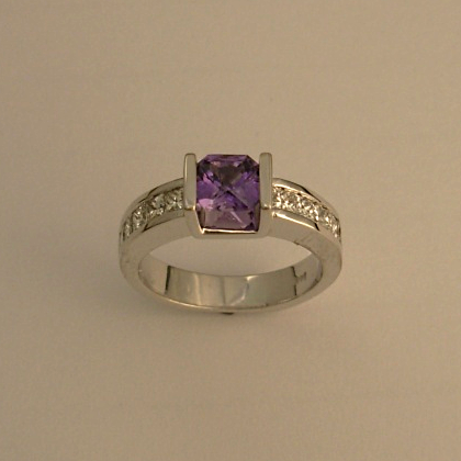 White Gold Ring with Purple Sapphire and Diamonds #G0013