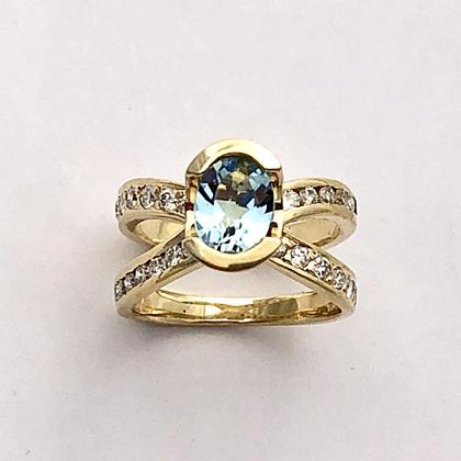 Gold Diamond and Aquamarine Ring #G0149