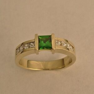 14-Karat-Yellow-Gold-Wedding-Ring-with-Diamond-and-Green-Garnet-by-Southwest-Originals-505-363-7150