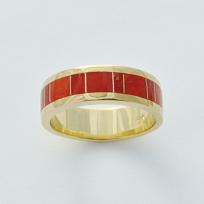 Mens or Ladies 18 Karat Gold and Coral Inlay Band