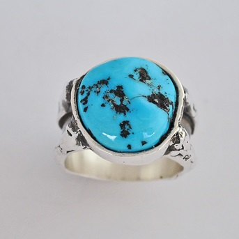 Sterling Silver ring with Kingman Turquoise by Southwest Originals 505-363-7150