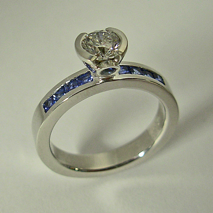 White Gold Engagement Ring with Diamond and Sapphires