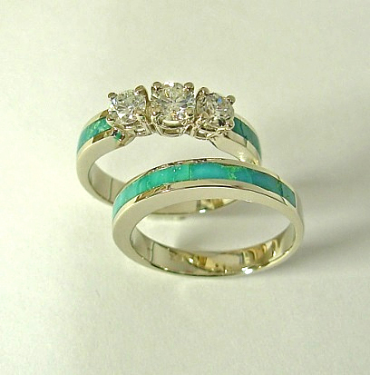 Three stone wedding set with Diamonds and Turquoise Inlay
